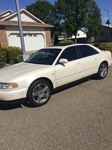 Low kms Audi A8 1999 great shape AWD
