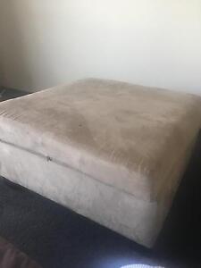 Foot stool/ poof Mosman Mosman Area Preview