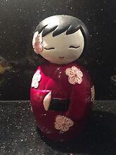 Japanese kimono girl statue Mindarie Wanneroo Area Preview