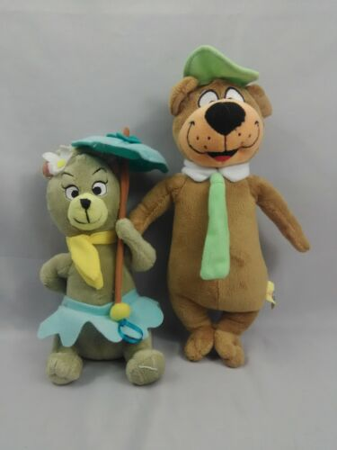 "Hanna Barbera Collection 11"" Yogi Bear and 9"" Sitting Cindy Bear Plush Toys"