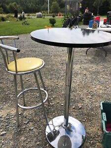 Hydraulic bar table and antique chair