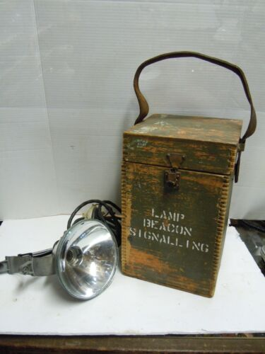 vintage CANADA MILITARY LAMP BEACON SIGNALING MKI,WITH BOX INCOMPLETE