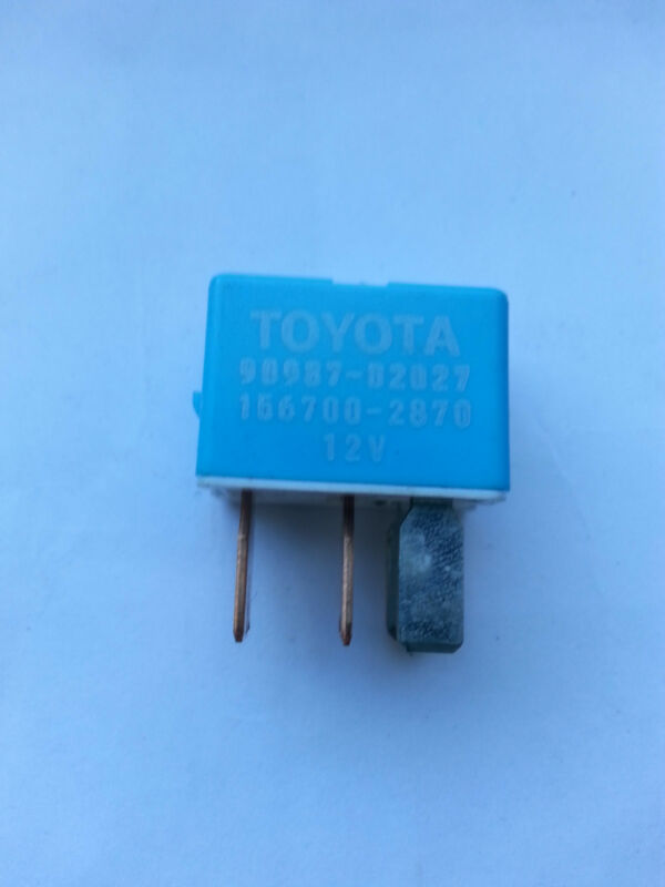 LEXUS IS220 IS250 GS IS GS300 RX300 RX400 TOYOTA MR2 RELAY BLUE FUSE 90987-02027