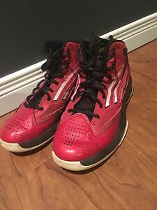 Men's Size 6 Adidas Basketball Shoes