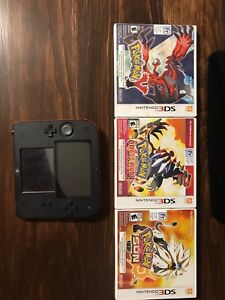 2DS - Black, with games