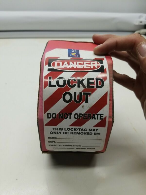 Accuform Signs TAR426 Tags By-The-Roll Lockout 100 Tags opened