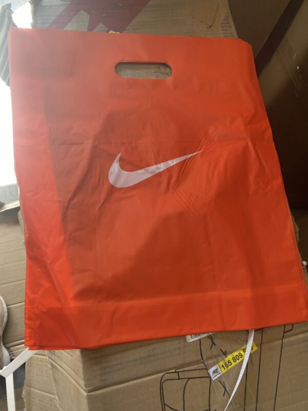 """100 New Nike Authentic Shopping Bags 15x17x4"""""""