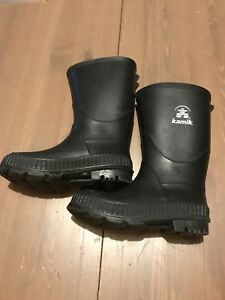 New, Kamik rubber boots - toddler size 10