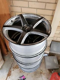 "Speedy 18"" mag wheels x 4"