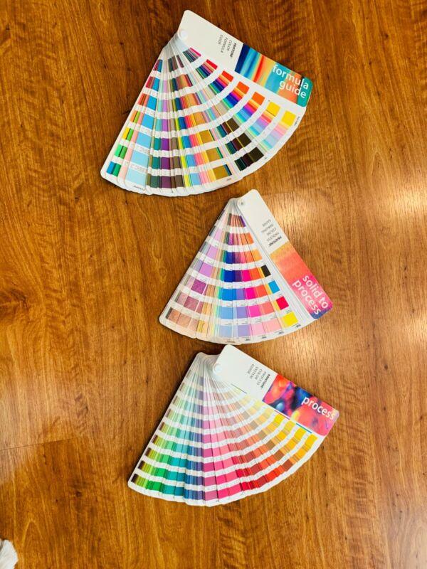 PANTONE Color Survival Kit Guide with Case