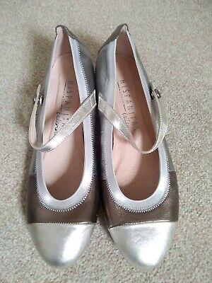 Ladies Hispanitas Shoes Size 7 New