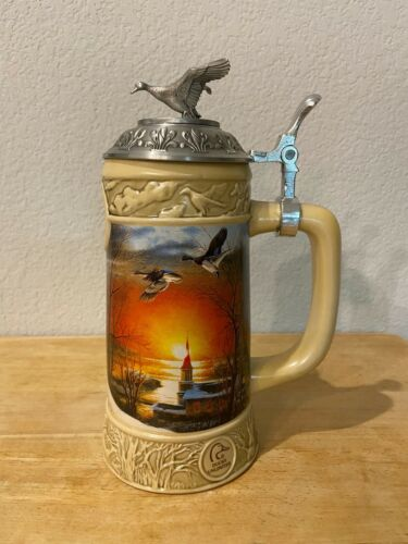 Miller Ducks Unlimited BEER Stein THE SHARING SEASON Terry Redlin Lidded Stein