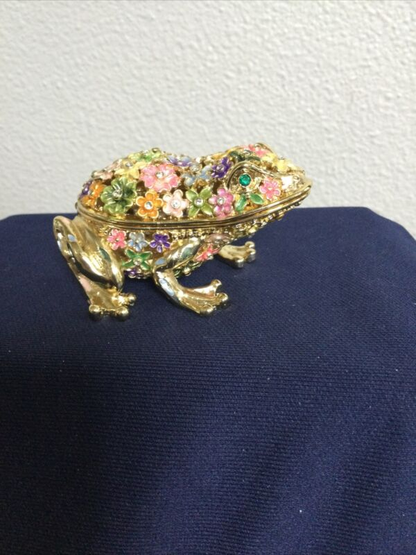 CRYSTAL FLOWERED FROG TRINKET BOX BY KEREN KOPAL. BEAUTIFUL AND HARD TO FIND!