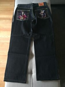 Jeans red monkey à vendre 35$.