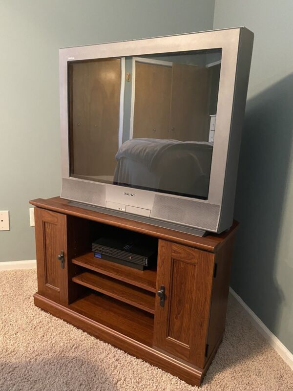 "Sony Trinitron WEGA KV-32FS13 32"" CRT Retro Gaming Television"