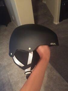 Women's Snowboard Helmet/Goggles