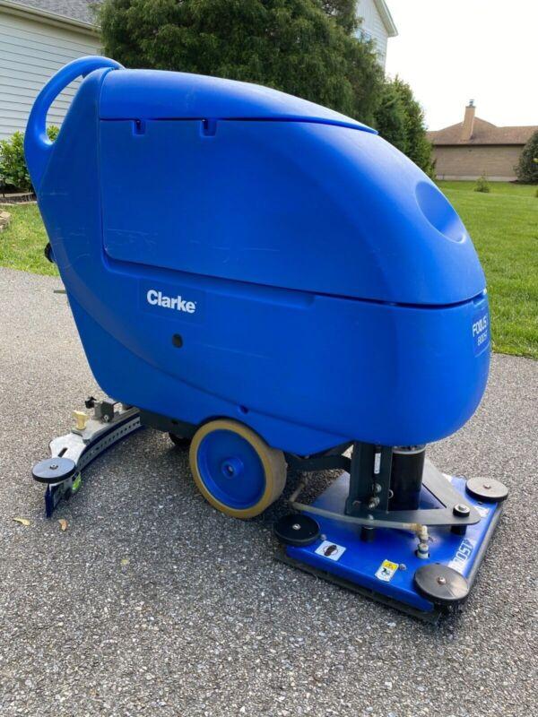 Clarke Focus II Boost L20 Scrubber