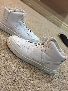 White nike classic shoes $20 size 11