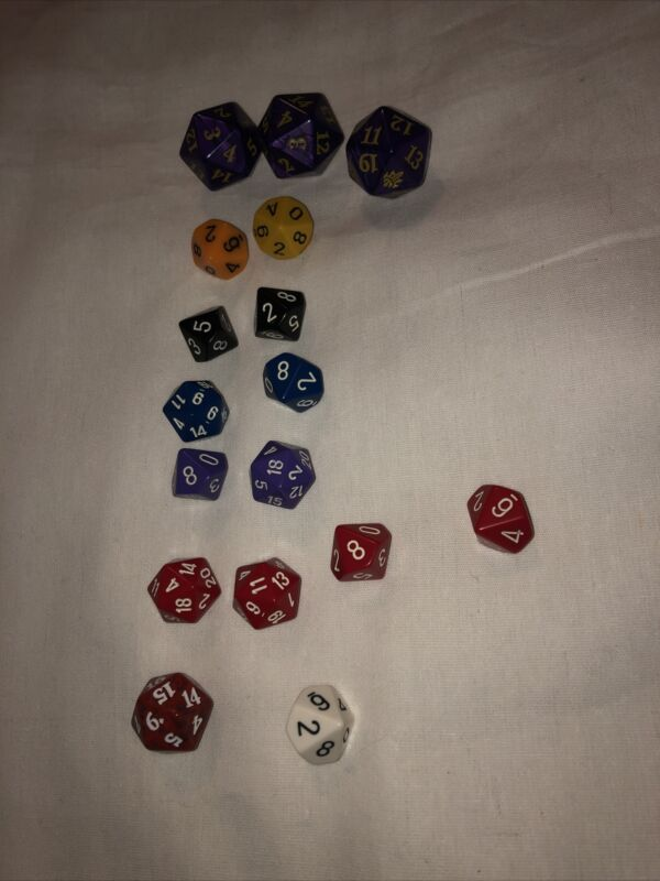 17 Dice Lot dungeons and dragons role playing multi sided games board colored