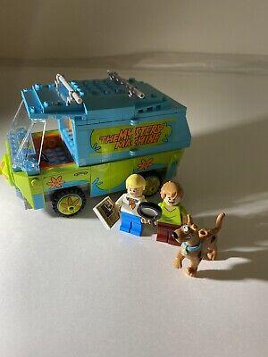 75902 LEGO Scooby Doo Mystery Machine van vehicle 301 pc set RETIRED