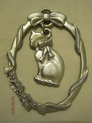 Lindsay Claire Pewter Cat w/ Bells in Wreath Christmas Ornament 3.5