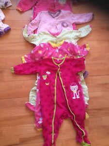 Lot de pyjama plus de 25 morceaux