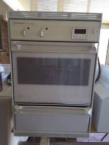wall oven, cook top and range hood Albany Creek Brisbane North East Preview