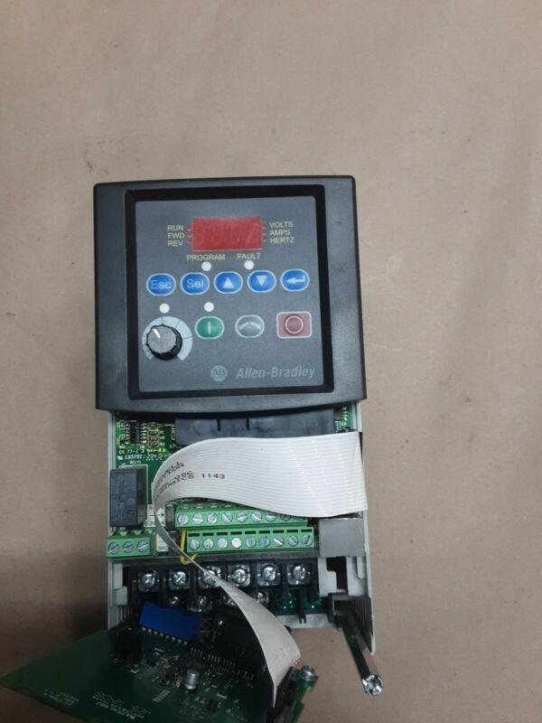 Allen-Bradley 22B-D2P3N104 1HP Powerflex 40 AC Drive #1215d32pr5