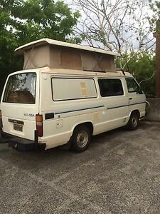 BACKPACKER CAMPERVAN - Toyota Hiace Poptop Surfers Paradise Gold Coast City Preview