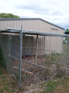 Chicken coop Deception Bay Caboolture Area Preview