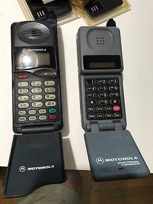 Vintage Motorola digital Personal Communicator & MicroTAC/650e cellular phones