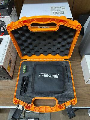 Johnson Level Tool 40-6692 Self-leveling 2 Dot Laser 14100