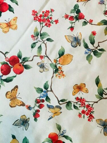 Vintage 1970s round tablecloth butterflies, fruit, flowers