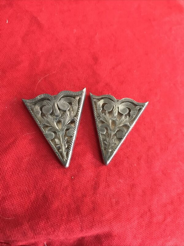 FLEMING Mexico Sterling Hand Engraved Collar Tips Floral Signed Pair Estate