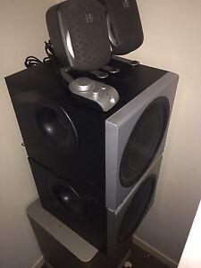 Logitech z2300 2.1 thx speakers
