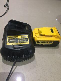 Dewalt charger and  18v  4.0 Ah battery