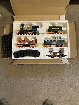 North Pole Christmas Express Animated Musical Train Set Complete+Working