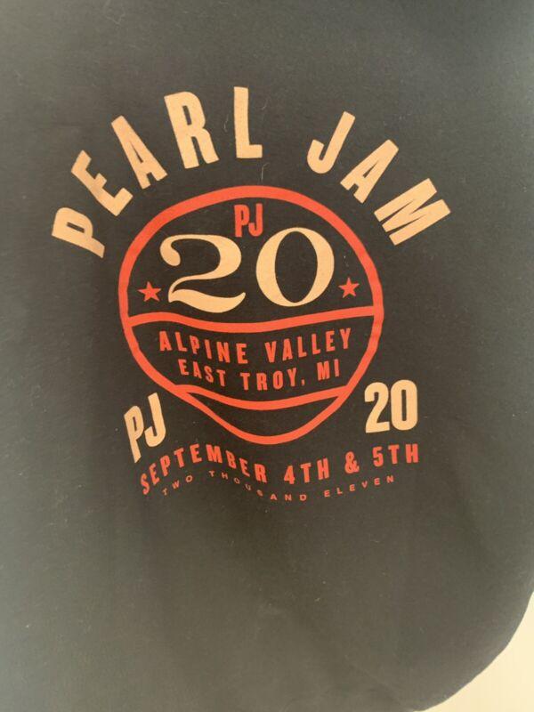 PJ 20 Hoodie wrong dates Rare Brand New Size Medium
