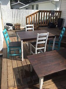 Kithen dinning table w 4 chairs +matching coffee table