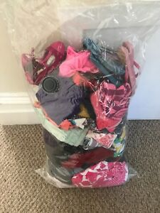 Bag of girls clothes sizes 2-3