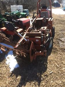 Ditch witch 350sx trencher