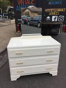 vintage dresser, drawers, chest of drawers,bedroom WE CAN DELIVER Brunswick Moreland Area Preview