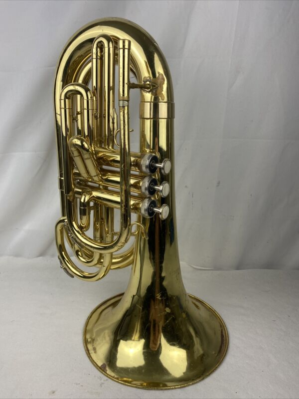 Dynasty M571 Marching Baritone horn With Case  Used #GV78T3