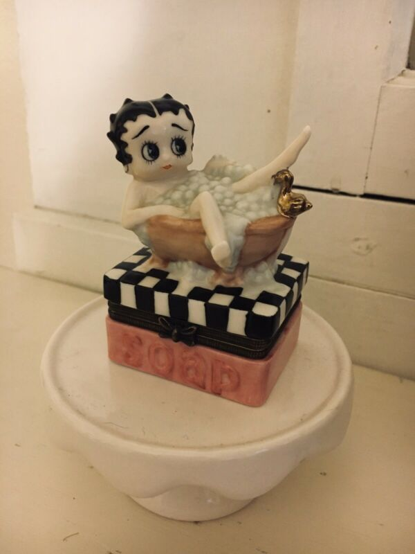 Betty Boop Trinket Box With Lots Of Detail