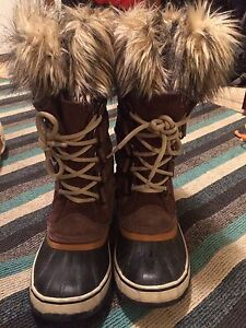 Reduced , ladies size 7 sorel boots