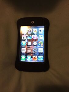 Apple iPod Touch 32g. With rugged rubber case