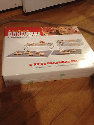 Tools of the Trade 5 piece bakeware set