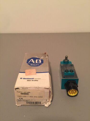 NEW IN BOX ALLEN-BRADLEY LIMIT SWITCH 802M-ATZJ4LF