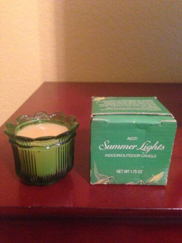 Avon Summer Lights Indoor/Outdoor Candle - Green glass flower - 1984