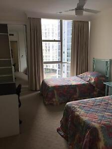 BED SPACE IN A RESORT STYLE LIVING UNIT Surfers Paradise Gold Coast City Preview